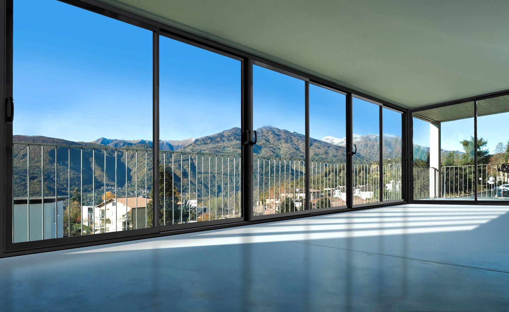 Панорамное остекление балконов, лоджий, квартир солнцезащитн.